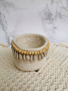 macrame crochet basket with beads and shells pattern single crochet