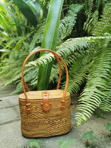 Rattan bag naples fl purses vintage rattan wove purses Bali free shipping fl real rattan shoulder purses Whats In My beach bag watch sunset is Still Life