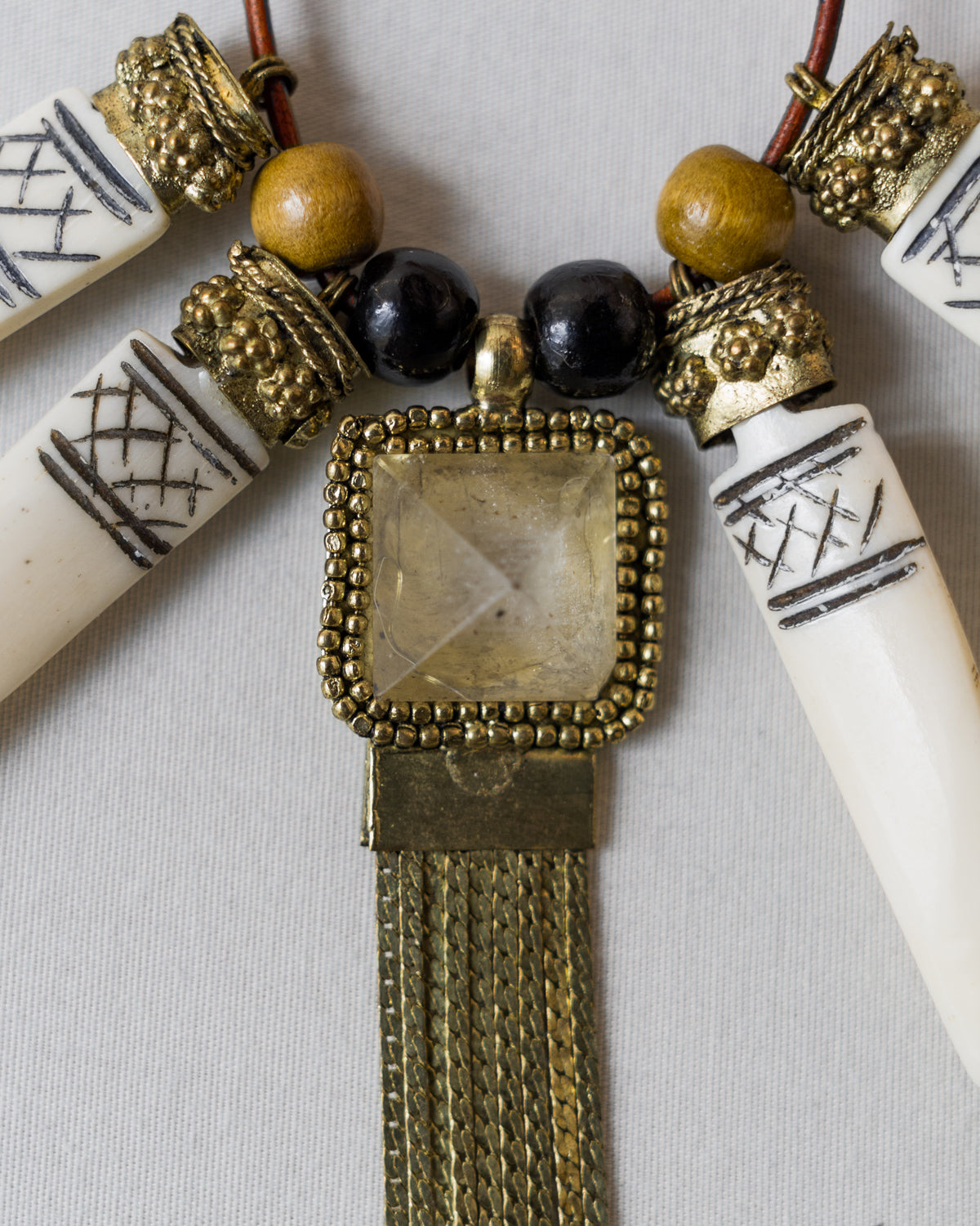Tribal Jewel (Quartz Bone)
