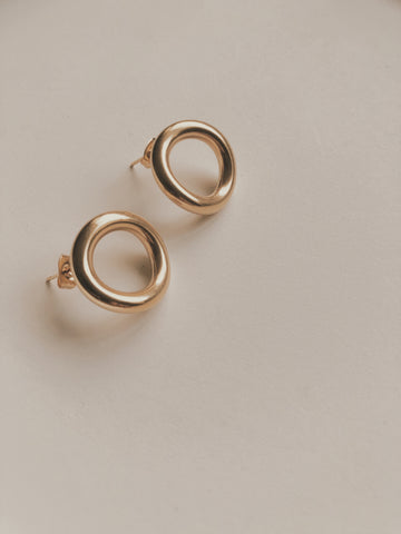 OPHILIA CIRCLE EARRINGS