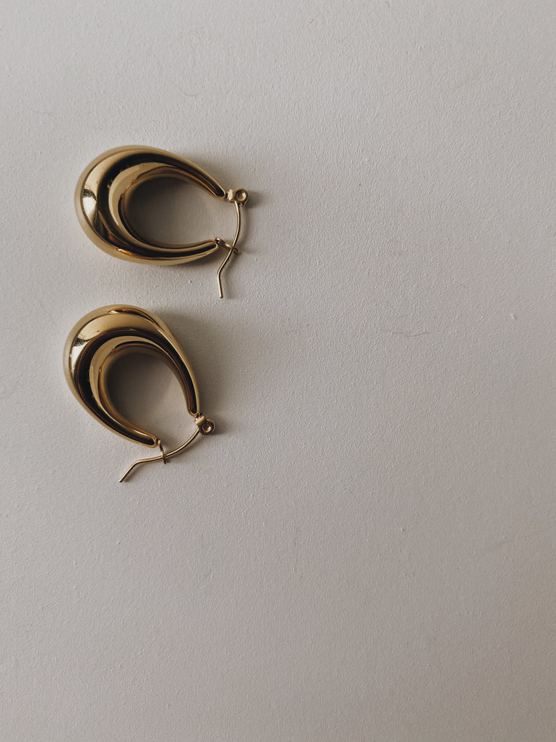 INES HOOP EARRINGS