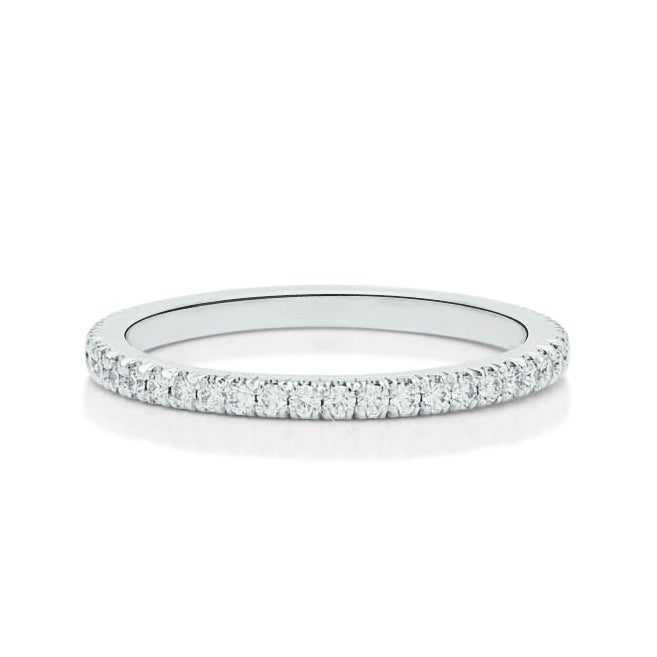 Scallop Split Prong Eternity Band