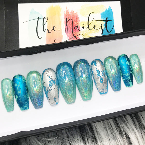 HANDMADE- TURQUOISE GREEN HOLOGRAPHIC LEAF FOIL PRESS ON NAILS SET