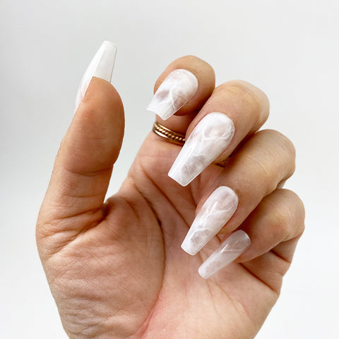 INSTANT GLAM- WHITE QUARTZ - MEDIUM COFFIN PRESS ON NAIL SET