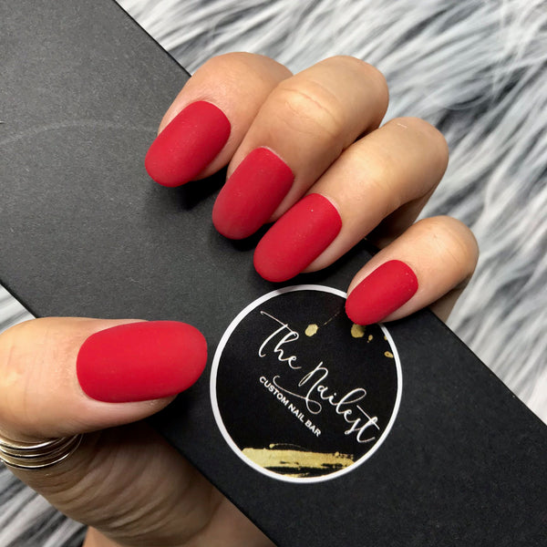 HANDMADE- CLASSIC RED MATTE PRESS ON NAIL SET