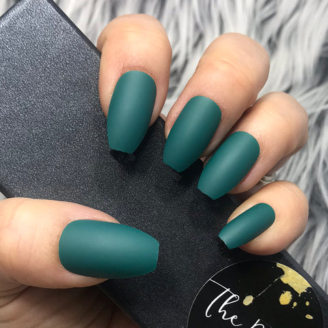INSTANT GLAM- SOLID MATTE TEAL COFFIN SET