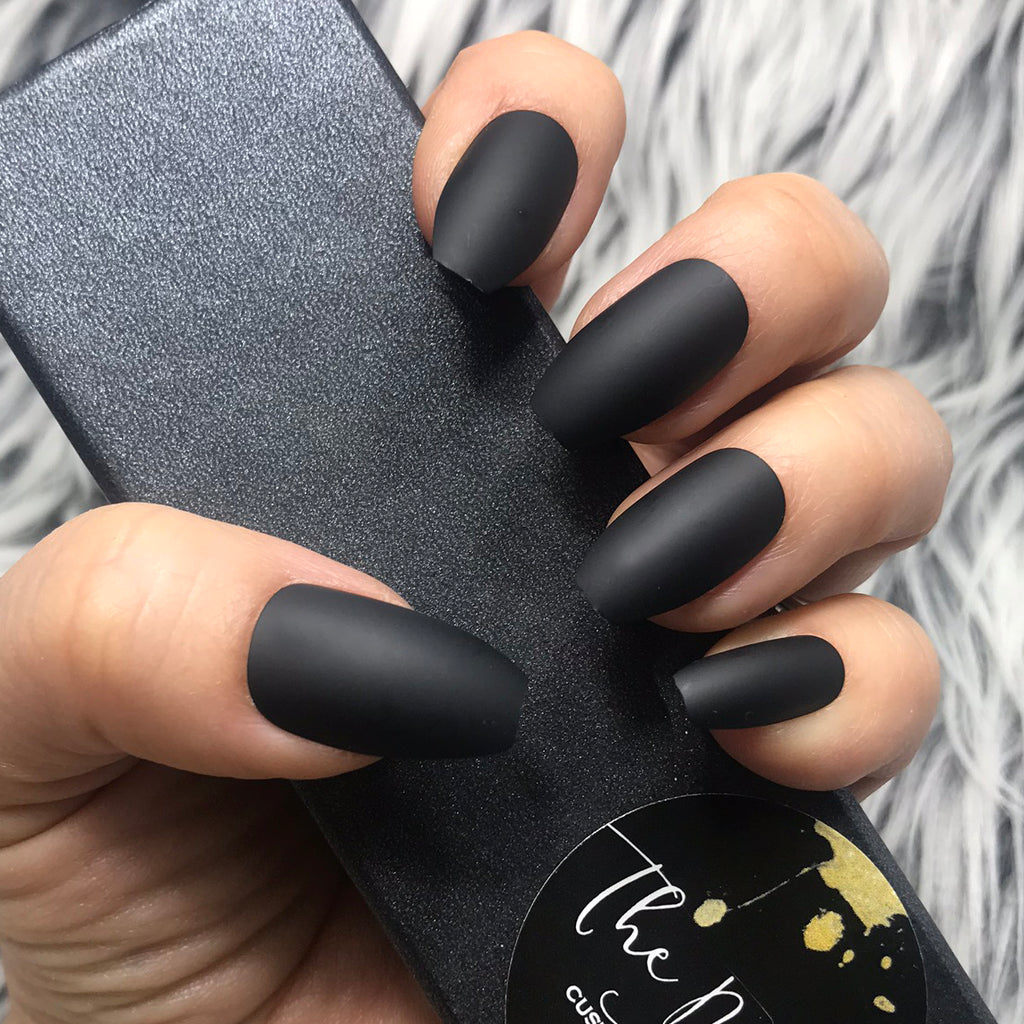 INSTANT GLAM- SOLID MATTE COFFIN BLACK SET – The Nailest