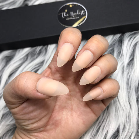 INSTANT GLAM-SOLID MATTE NUDE STILETTO SET