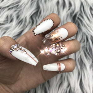 HANDMADE- ROSE GOLD MARBLE DETAILED CRYSTALS SET
