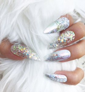 ICY SILVER HOLOGRAPHIC