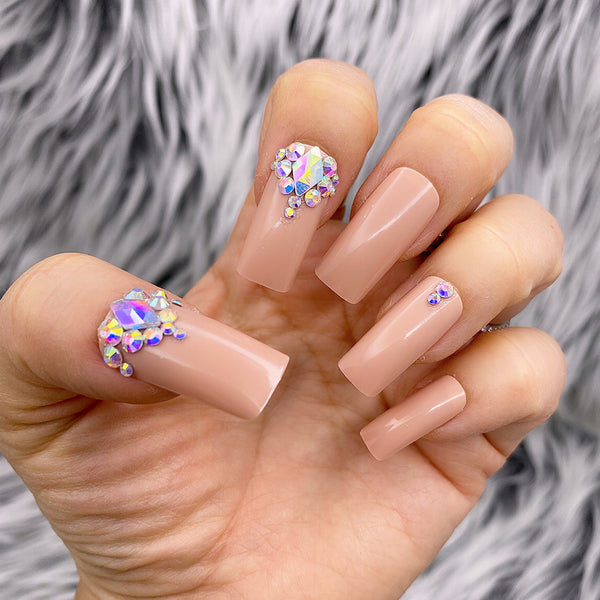 DAZZLE LONG SQUARE NUDE WITH CRYSTAL STONE ACCENT PRESS ON NAIL SET