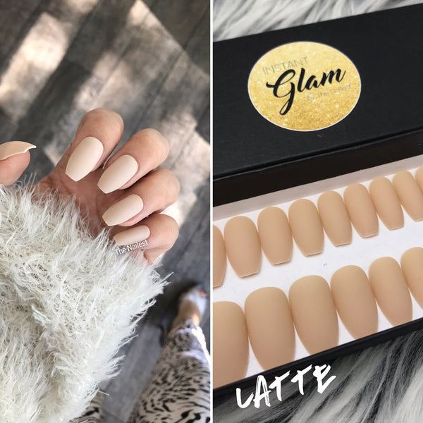 INSTANT GLAM- SMOOTHIE MATTE COFFIN SOLID SETS