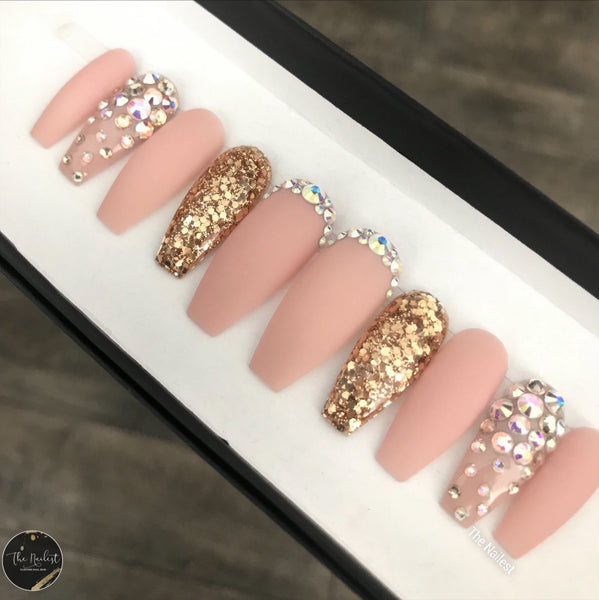 MATTY PINK NUDE WITH CRYSTAL SET