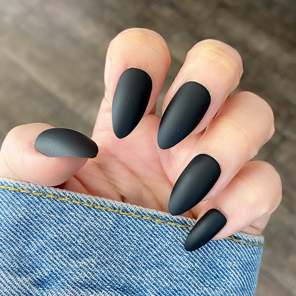 INSTANT GLAM- SOFT MATTE STILETTO SOLID SETS
