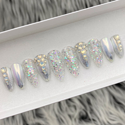 SAMPLE SET NOW- SILVER HOLO -ALMOND, SIZE XS