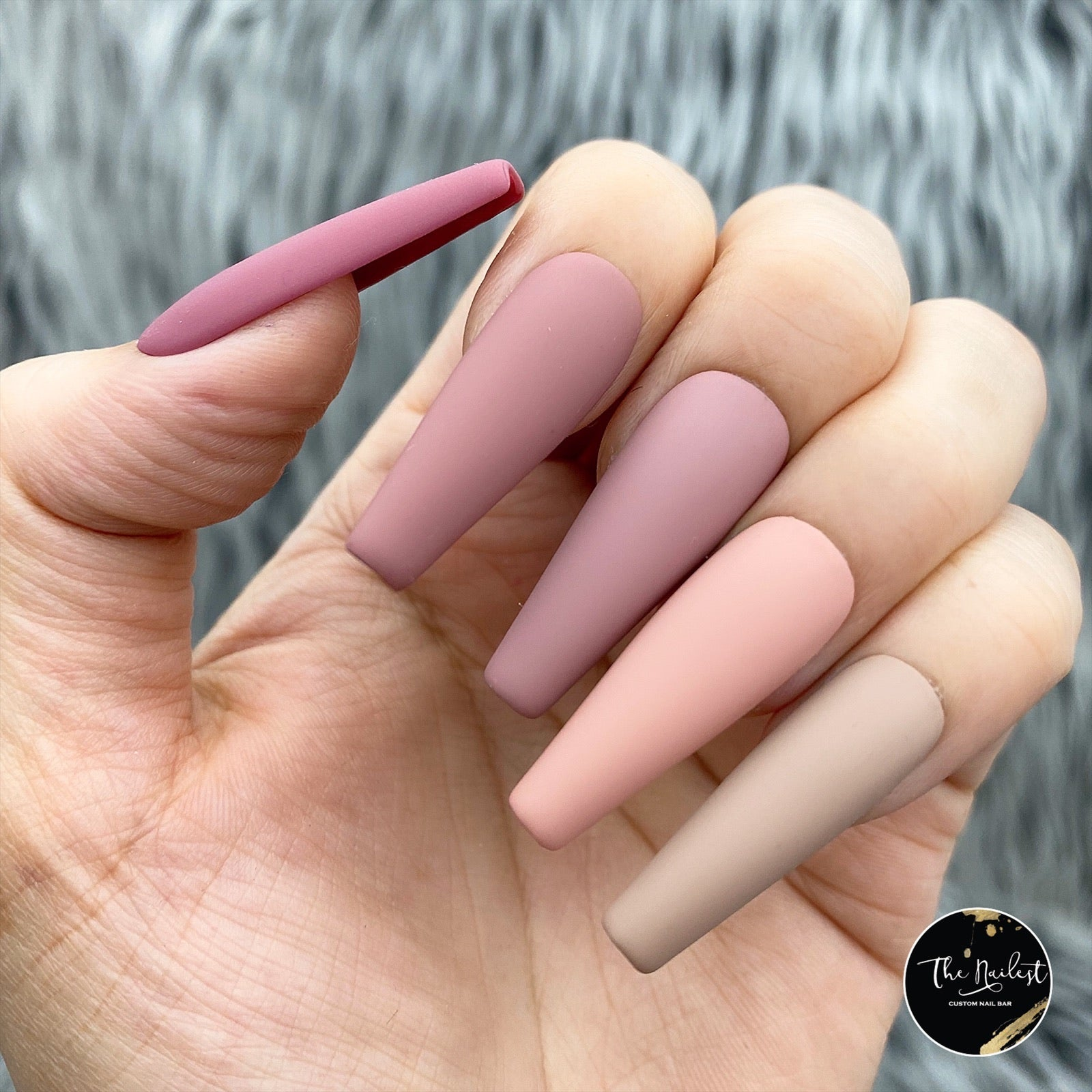 HANDMADE- WARM NUDE MATTE PREMIUM QUALITY MULTIPLAYER OMBRE COLOR BLOCK
