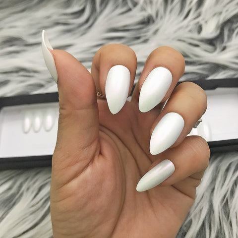 INSTANT GLAM- PEARLY WHITE SHIMMERY FULL SET
