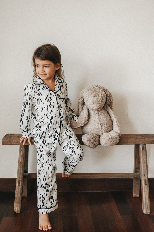 Riley PJ Set/ White Strokes