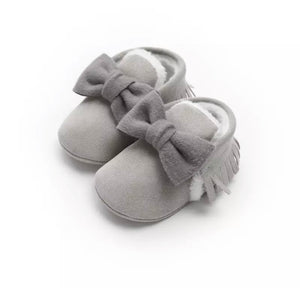 Grey fur lined bow tassel moccasin shoes (0-12 months)