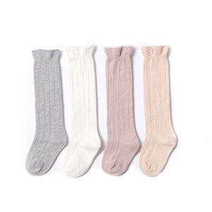 Knee high ribbed cotton socks with scalloped detail (0-3 years)