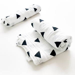 Extra large 120x120cm 100% cotton muslin monochrome triangle swaddle blankets