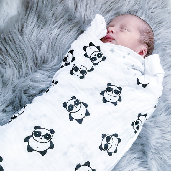 Extra large 120x120cm 100% bamboo cotton muslin panda monochrome swaddle blankets