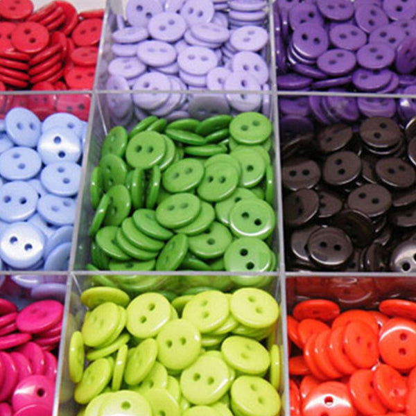 Kids Sewing Buttons Plastic Clothes Tools 6/9/11/13/15/20MM 100pcs 2 Holes Round Shape Random Colors Garment Accessories