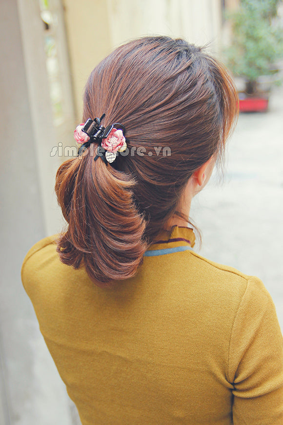 T18070 - [New Mood] Càng cua Pearl Tiny Amelia Flower Haircaught - Simple Store