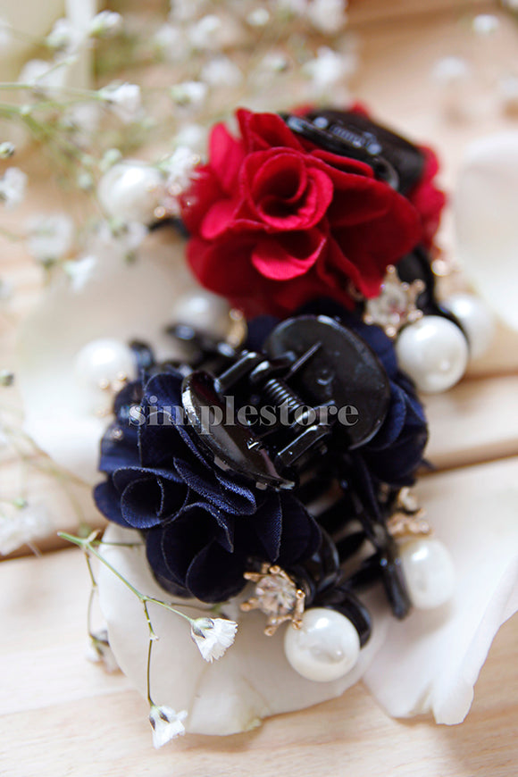 T18076 - [In Black] Cặp dọc Gorgeous Flower with crown Pin - Simple Store