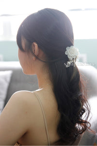 T22099 - Cặp dọc Pastel Fritta flower with light cubic Pin - Simple Store