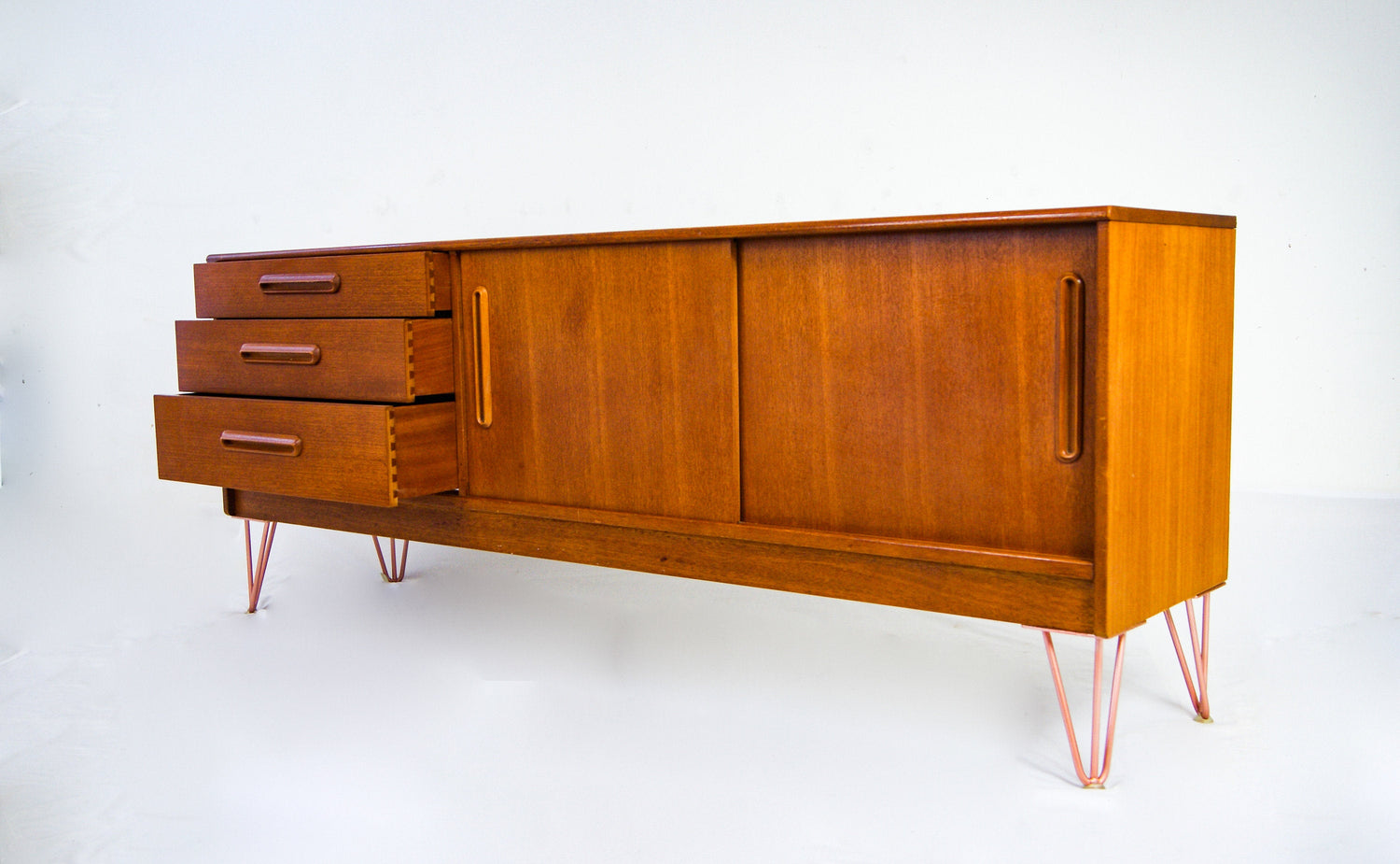 Mid-Century Design Vintage 1960s Long Credenza Teak Sideboard On Hairpin Legs