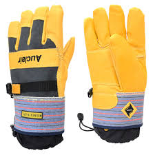 Mountain Ops Gloves by Auclair