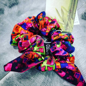 Scrunchie by Watuko