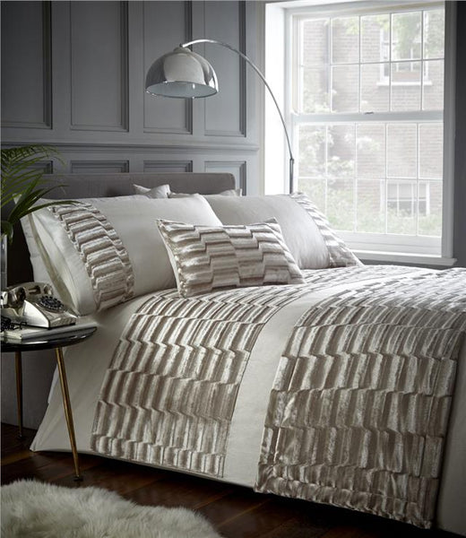 Luxury bed sets in crushed velvet & faux silk bedding matching items available