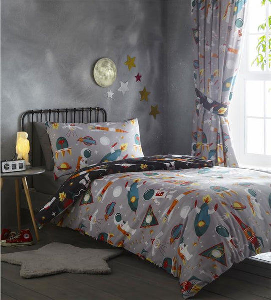 Space duvet set rocket ship astronauts galaxy aliens kids bedding curtains