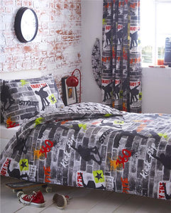TEEN DUVET SETS SKATE PARK SKATEBOARD STUNT URBAN STREET QUILT COVERS & CURTAINS