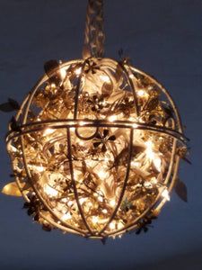 Globe Chandelier with leaves - Warm white