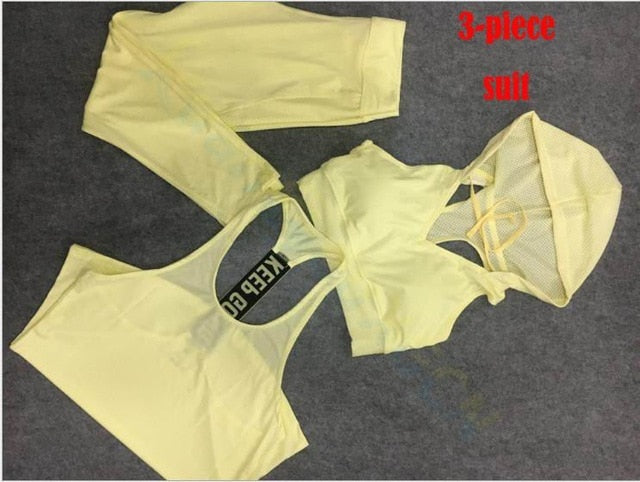 3-piece suit Yellow