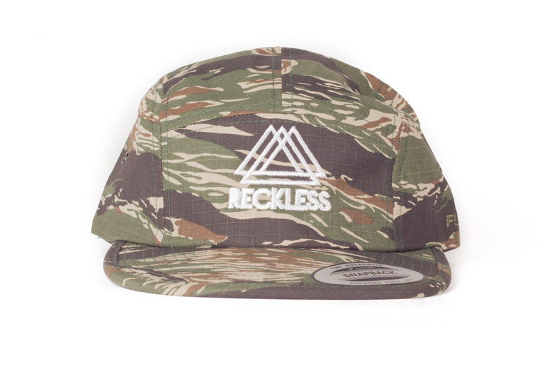 5 Panel Camo Reckless x Flexfit Yupoong