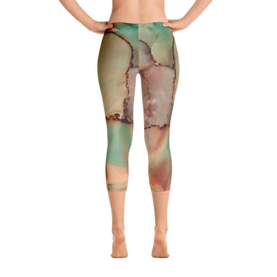 Abstract Capri leggings, Workout Pants 'Abstract Kiss'
