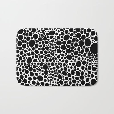 black-white-inverse-bubbles-bath-mats