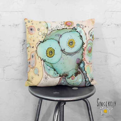 Art Throw Pillow 'I See You 1'