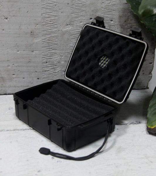Black Pearl 21 Cigar Waterproof Perfect Seal Crush Proof Travel Humidor