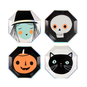Assorted Halloween Character Large Paper Plates