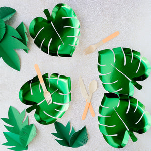 Green Palm Leaf Paper Plates - 8 Pack