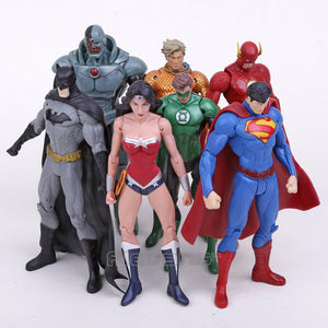 Lot de 7 figurines DC Comics - Superman, Batman, Wonder Woman, Flash, Green Lantern, Aquaman, Cyborg 16,5-18CM