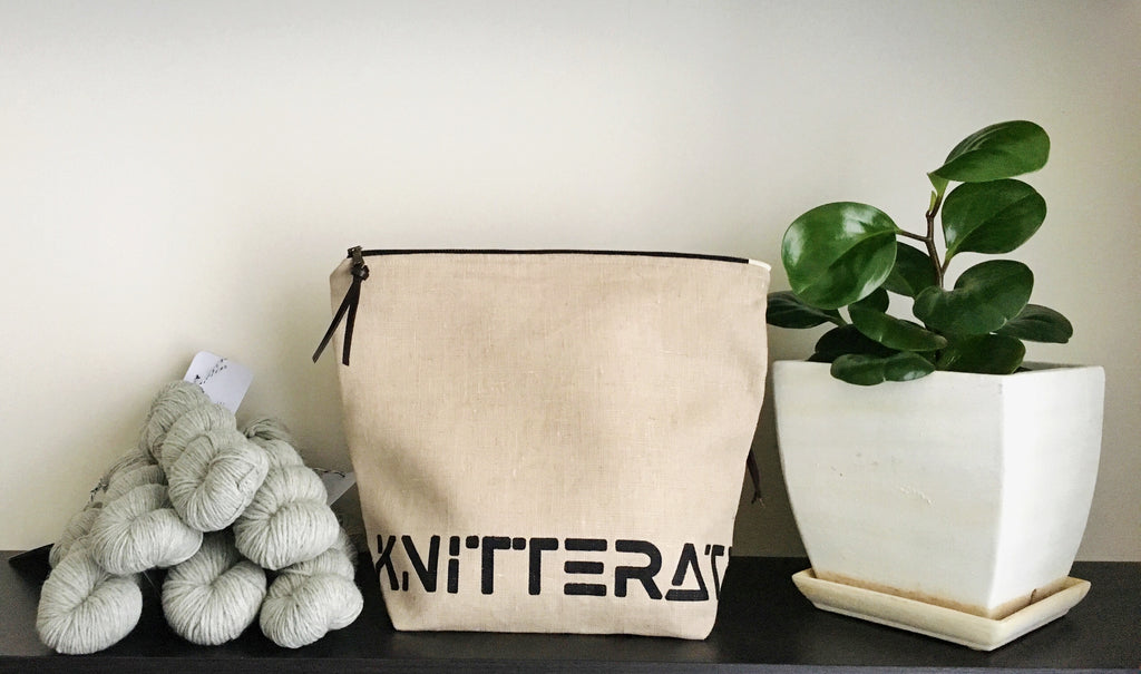 knitterati project bag / zipper bag / yarn bag / knitting / pearadise island / screen printed knitterati bag