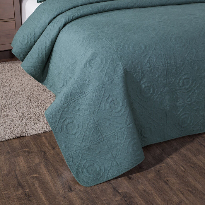 Elegant Floral Cotton Quilted Bedspread Coverlet Set in Earthy Forest Green