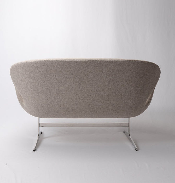 Swan Sofa 2-Seater - Cashmere Wool - Reproduction