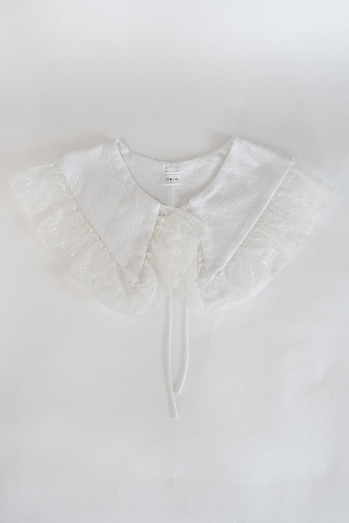 Large Collar | White